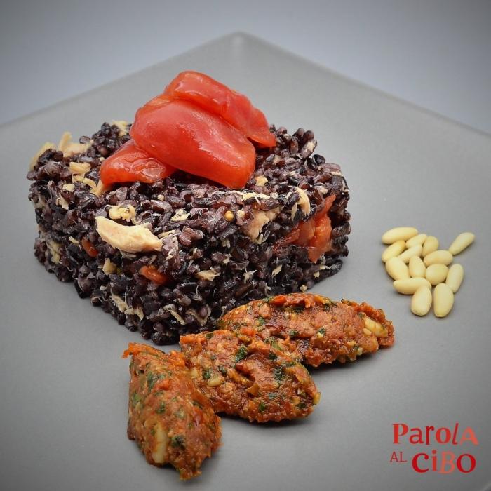scuola di cucina parola al cibo Riso venere con pesto di pomodori secchi e tonno